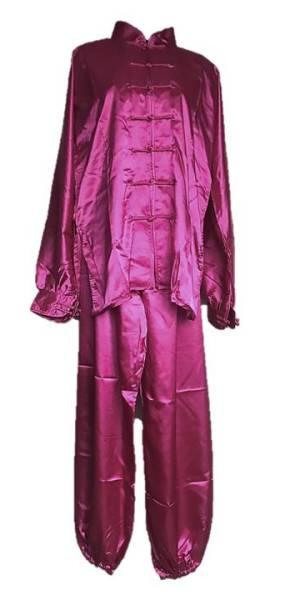 lila, fialový oblek na taiji, taijiquan, tajči, tai-chi, tai-či